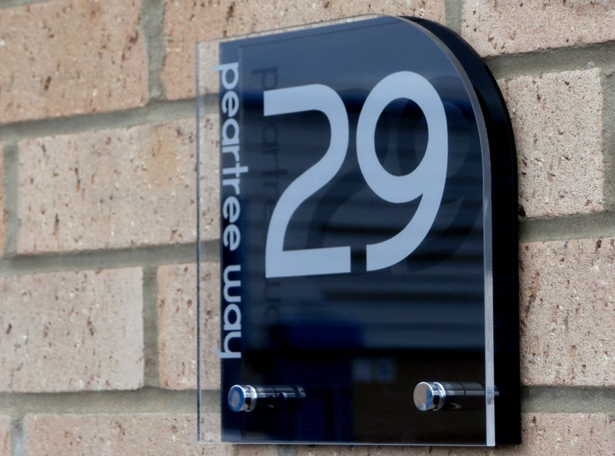 Sienna House number sign by Plastic Republic. More space for you to design a unique house plaque for your home. This T7 shape is a very popular house number design and incorporates two acrylic plates and chrome stand off fixings. Size 200 x 200mm. Price £39.98