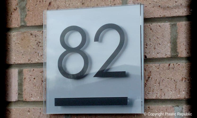 Cayman house number plaque Silver T1